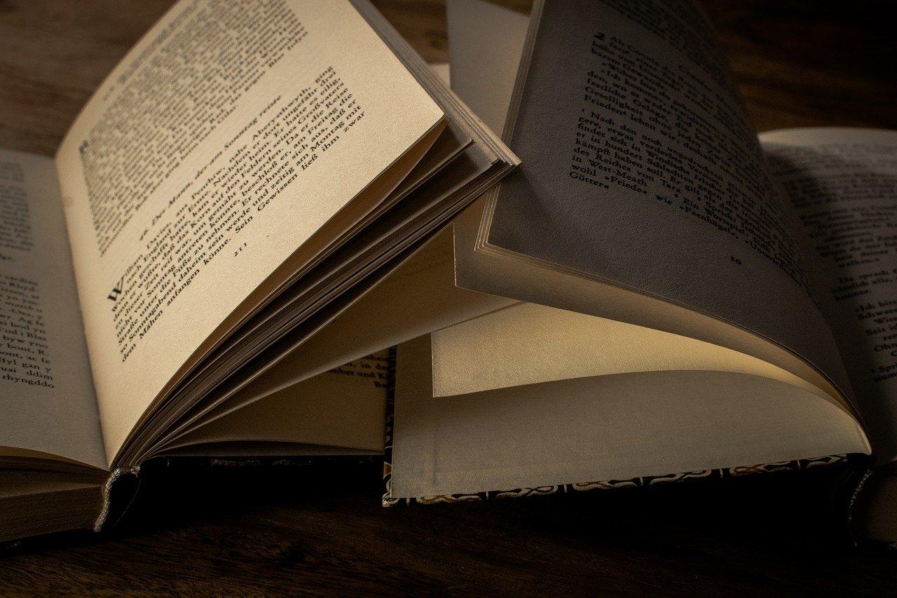 200 top narrative essay topics and ideas - image